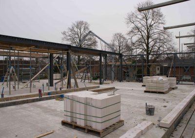 2014-12-03-voorbereidingen-voor-metselen-van-de-stenen-op-1e-verdieping-22