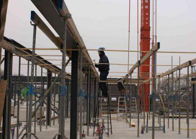 2014-12-03-voorbereidingen-voor-metselen-van-de-stenen-op-1e-verdieping-32