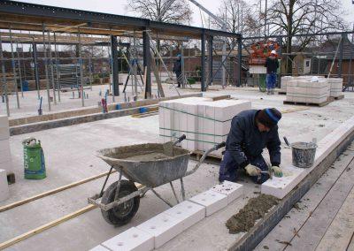 2014-12-03-voorbereidingen-voor-metselen-van-de-stenen-op-1e-verdieping-37