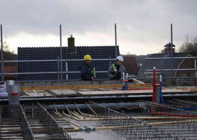 2014-12-15-betonmatten-met-daarin-kabels-en-afvoer-buizen-20
