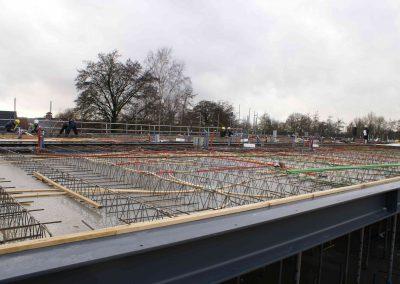 2014-12-15-betonmatten-met-daarin-kabels-en-afvoer-buizen-26