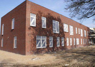 2015-03-17-steigers-weg-binnen-wanden-geplaatst-1
