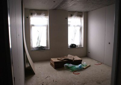 2015-03-25-cementvloer-badkamers-61