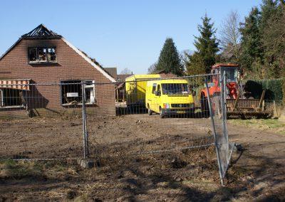 2013-03-04-asbest-wordt-weggehaald-3