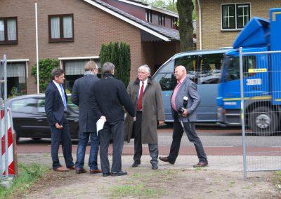 2013-05-14-delegatie-gemeente-ede-komen-een-kijkje-op-het-terrein-nemen-1